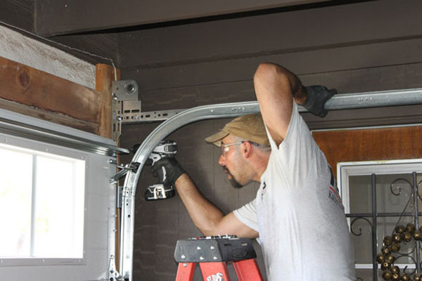 garage door supplier in Sunrise Manor, NV